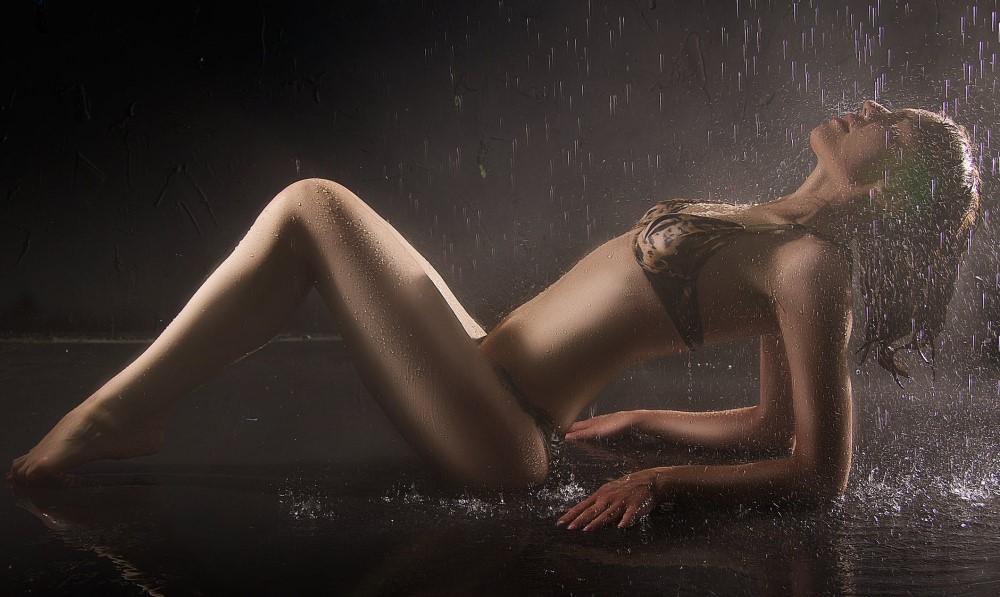 Sexy Woman striptease