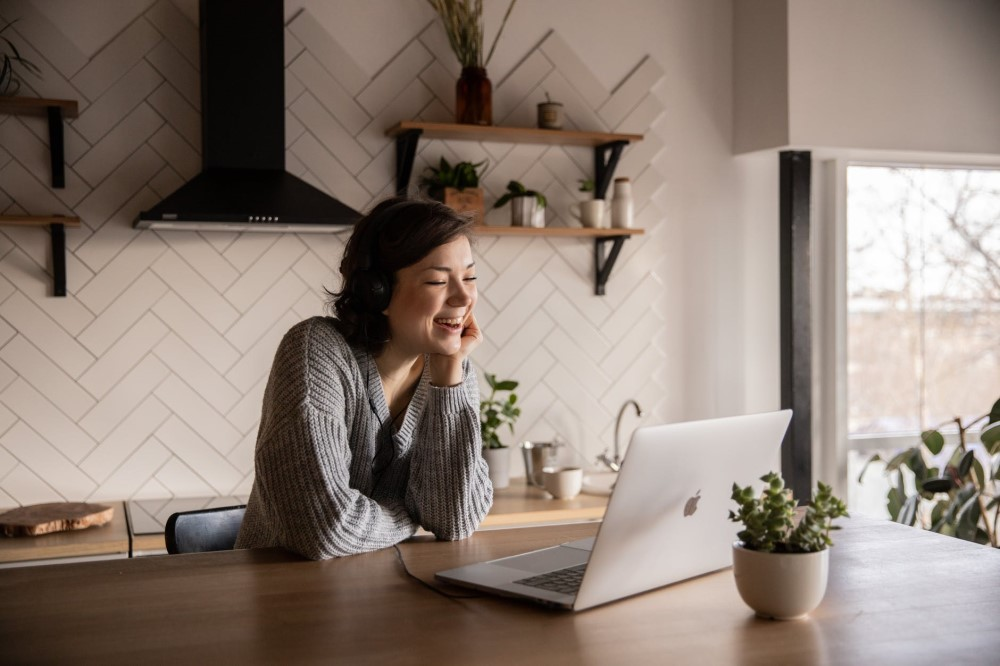 girl busy with laptoplockdown date ideas